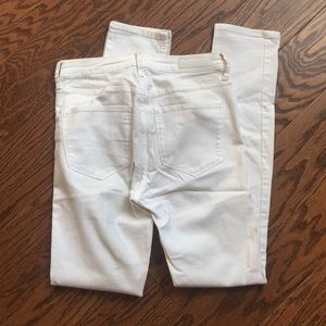 White skinny jeans size 28 length 32